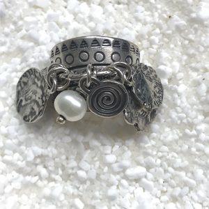 Silpada dangle ring